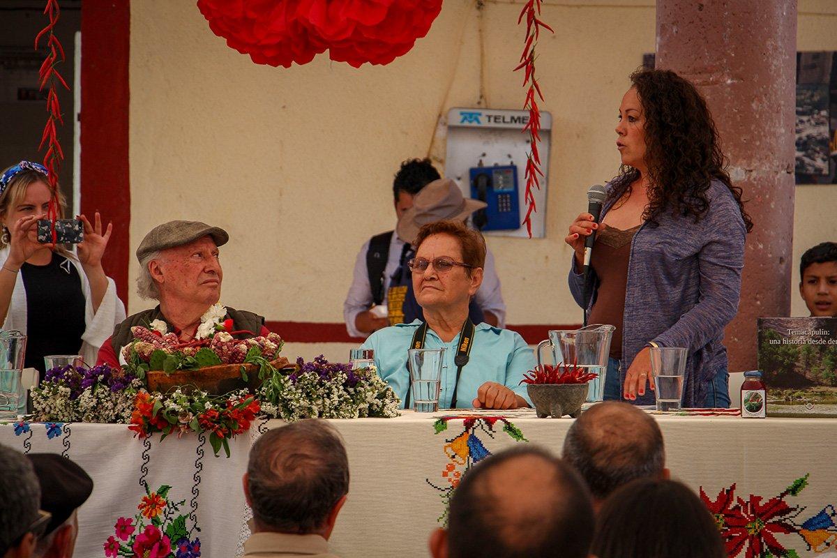 Martha Álvarez, originaria de Palmarejo, durante su participación durante la visita de Víctor Manuel Toledo Manzur, titular de la Semarnat a la comunidad de Temacapulín. Foto: Mario Marlo